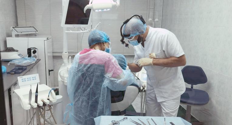Стоматолог Хаджимурад Магомедов
