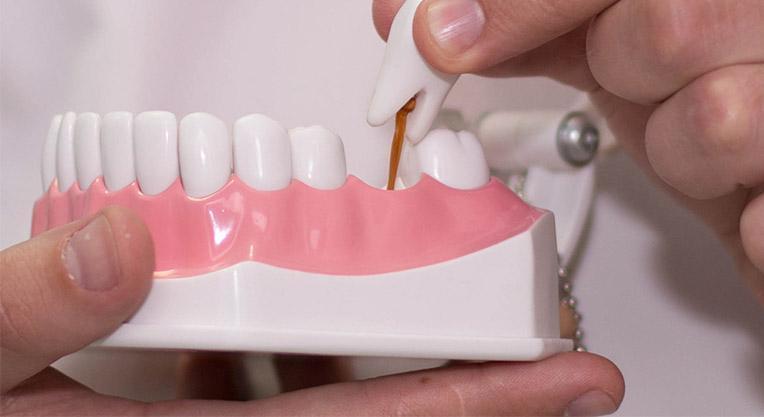макет зубного протезирования