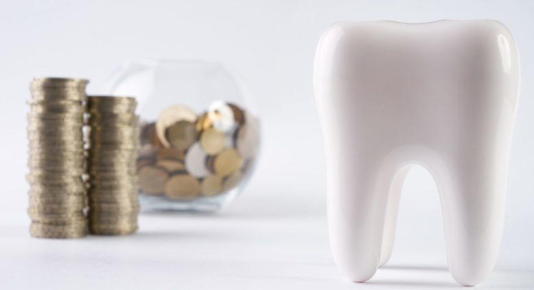 Здоровый зуб и деньги