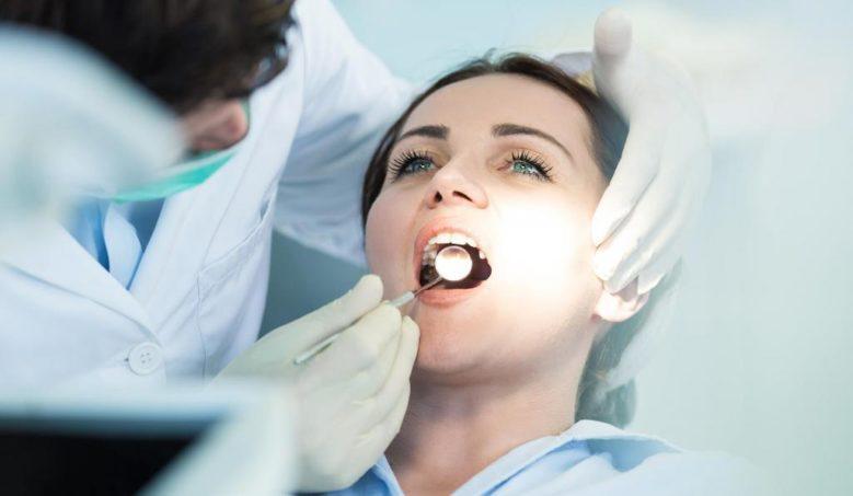 Профилактическое посещение стоматолога