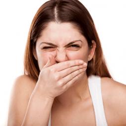 зубной запах изо рта