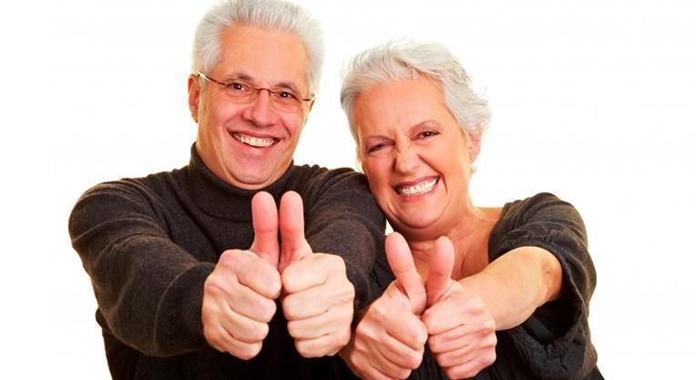 довольные пациенты после лечения зубов