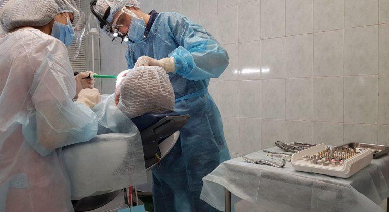 Имплантация зубов - Зарудний Вячеслав Александрович