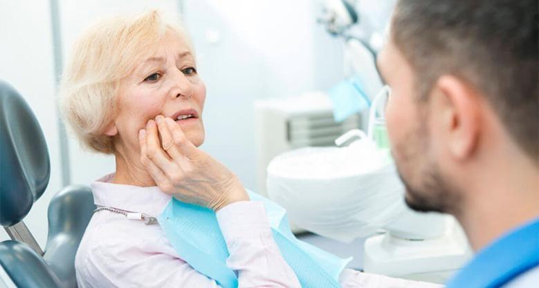 Болит зуб после имплантации