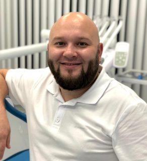 Стоматолог Соболь